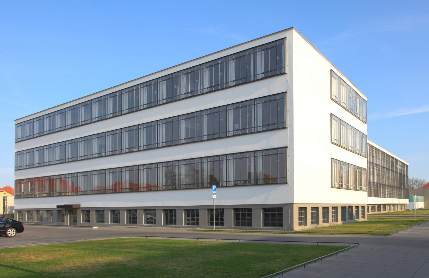 Bauhaus dessau brenne architekten for Bauhaus nachbau